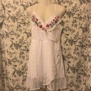 Trixxi White Lace Floral Dress